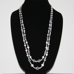Beautiful crystal VINTAGE necklace
